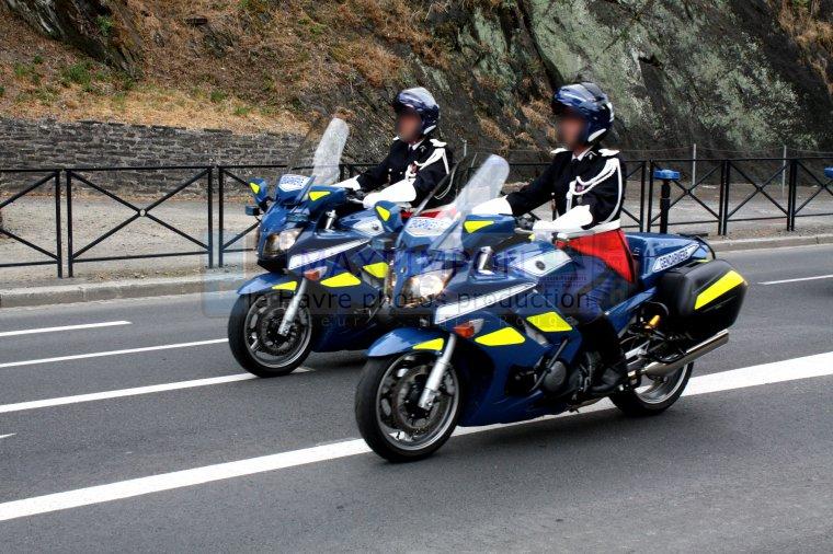 motos gendarmerie nationale saint lo 50 j 39 ai pas. Black Bedroom Furniture Sets. Home Design Ideas